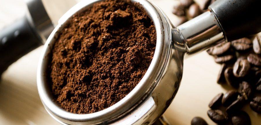 Kaffeepulver im perfekten Cold Drip Mahlgrad